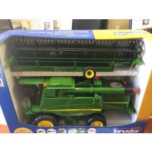 BRUDER KOMBAINAS JOHN DEERE T670i John Deere Combine harvester T670i, 02132