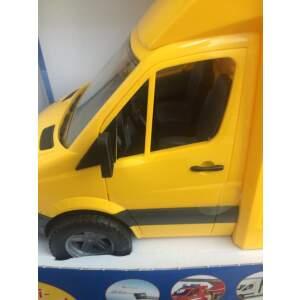 BRUDER žaislinis siuntų mikroautobusas su krautuvu ir paletėmis (2 vnt.)