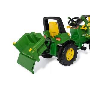 Prikabinama dėžė prie traktoriaus