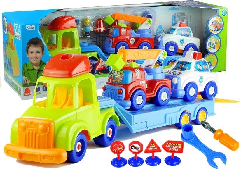 Vilkikas su papildomais automobiliais