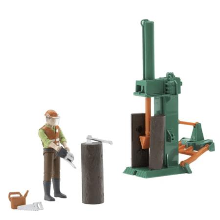 BRUDER žaislinė medkirčio figūra su rąstų skaldymo mašina ir kitais priedais, 062650